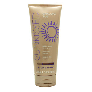 Sunkissed Every Day Tan Lotion 200ml - Medium/Dark