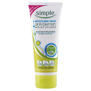 Simple Spotless Anti Blemish Moisturiser