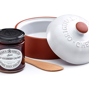 Wilkin & Sons Tiptree Cheese Baker with Hot Gooseberry Chutney